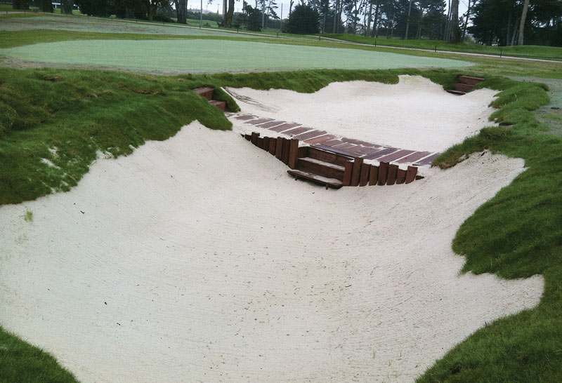 Practice bunker golf course