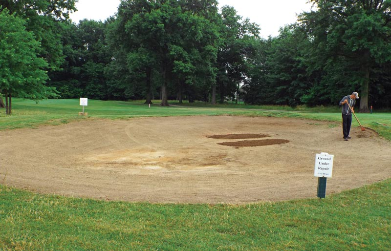 Golf course bunker removal